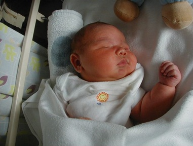 Samuel who has Erb's palsy due to complications at birth