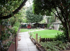 Hyde Park School, London, London