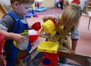 Daisy Chain Childcare Rothwell, Leeds, West Yorkshire